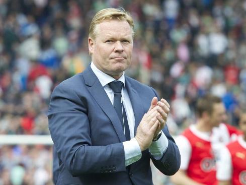coach Ronald Koeman of Feyenoord during the Dutch Eredivisie match between Feyenoord and sc Cambuur